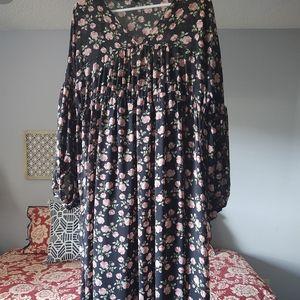 Maxi dress with slip